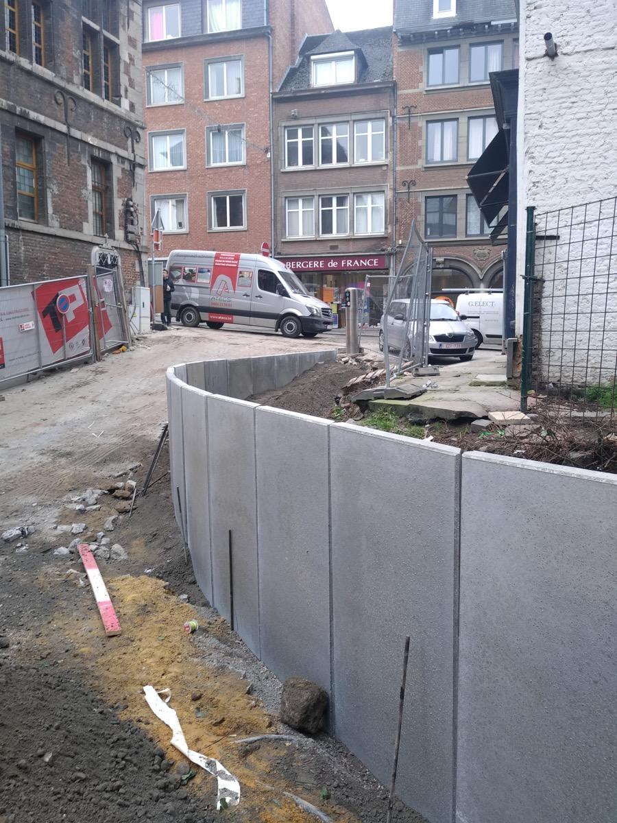Mur de soutènement à Namur
